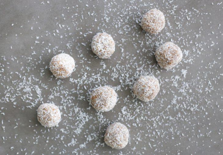 2 Ingredient Snacks: Coconut Date Bites