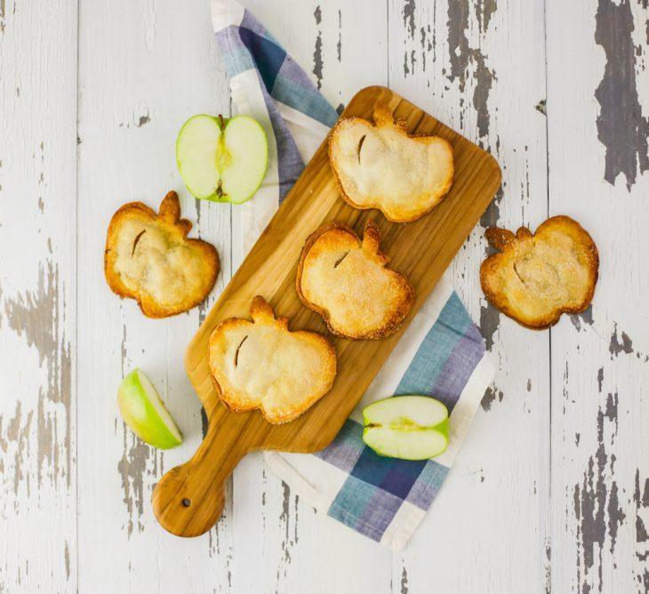 The Apple of Our Pie: Apple Cinnamon Hand Pie