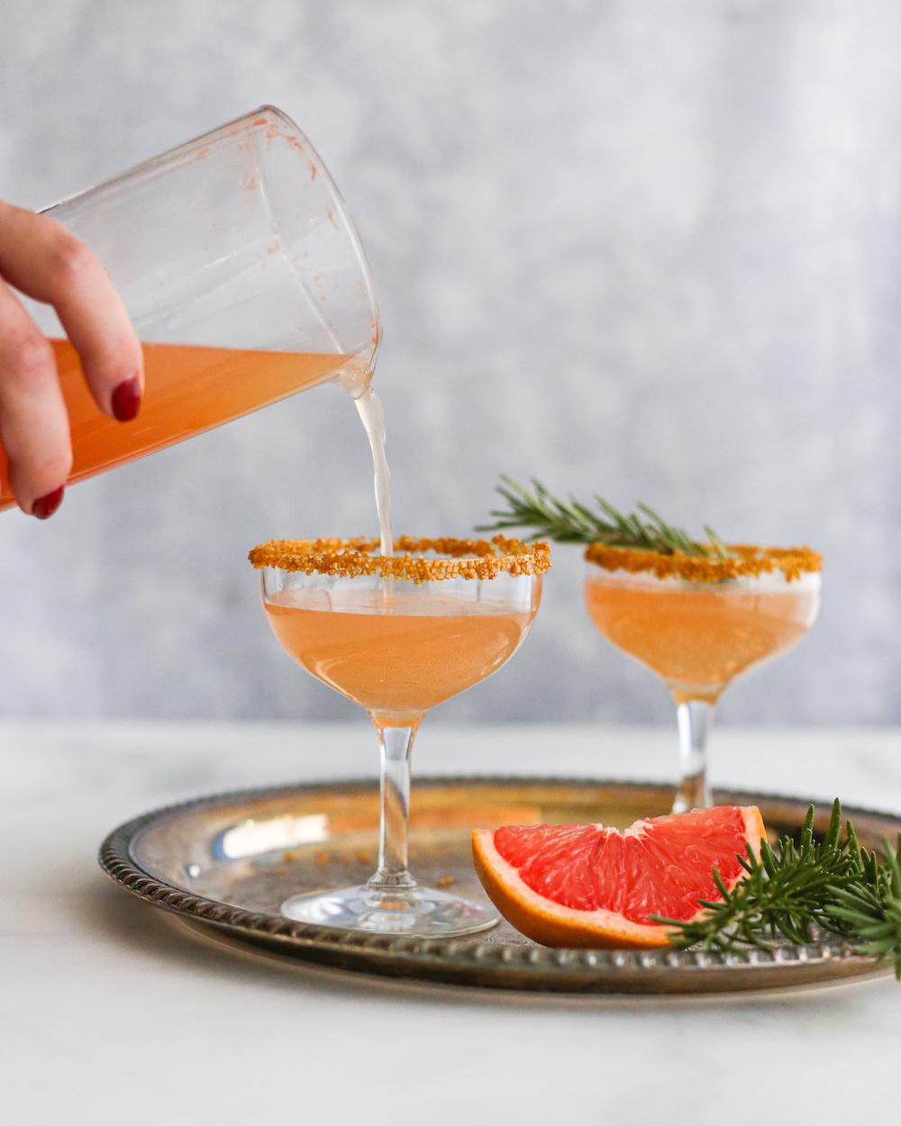 Pop, Fizz, Clink: Grapefruit Sparkler